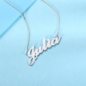 Personalized Classic Name Necklace in Silver